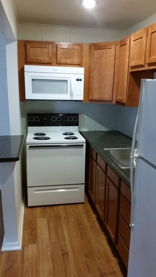 2 Bedrooms 1 Bathroom Apartment for rent at Lincoln Park Station in Bloomington, IN