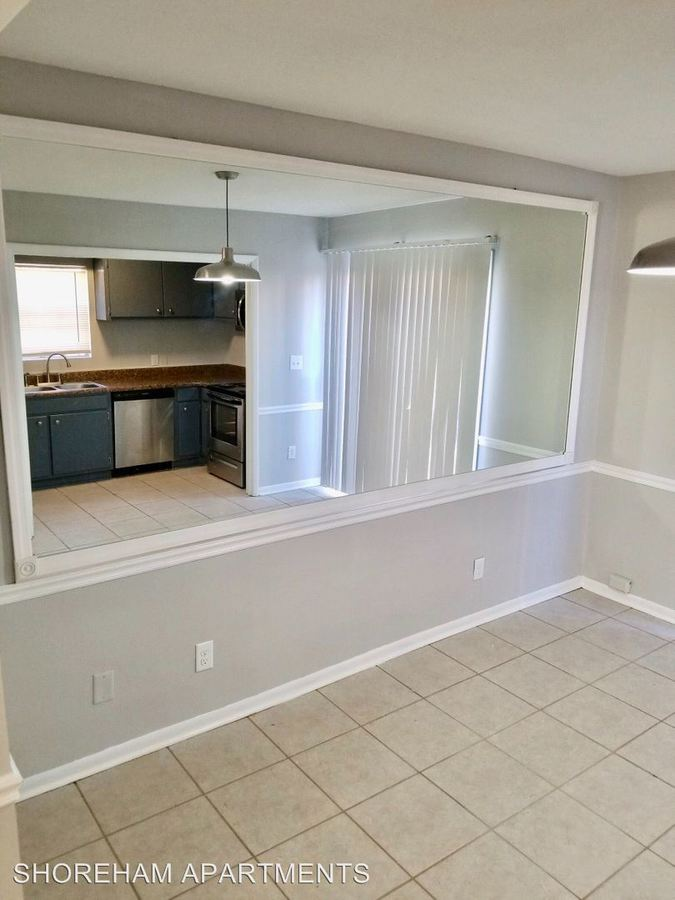 2 Bedrooms 1 Bathroom Apartment for rent at 2001 1/2 Dawson Road in Albany, GA