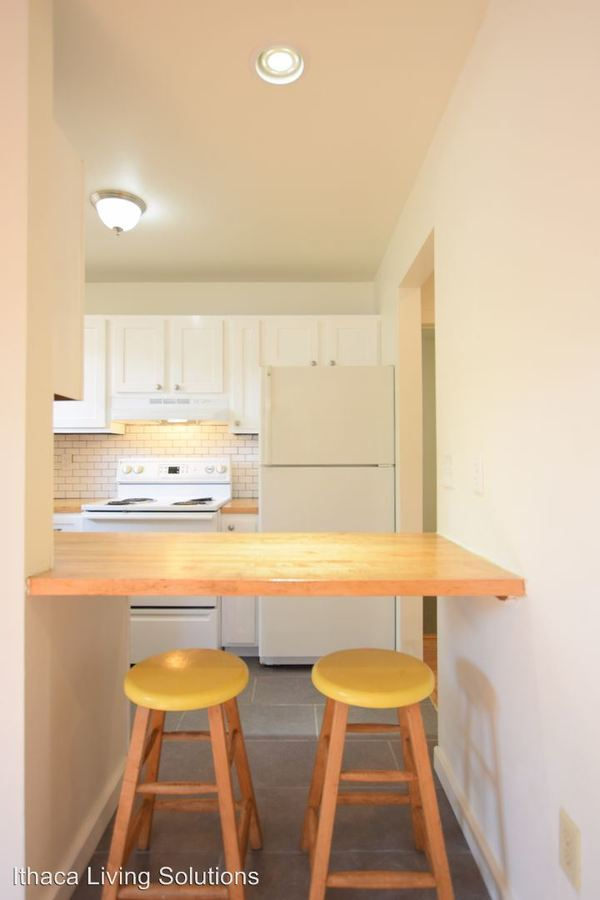 2 Bedrooms 1 Bathroom Apartment for rent at 720 Hudson St in Ithaca, NY