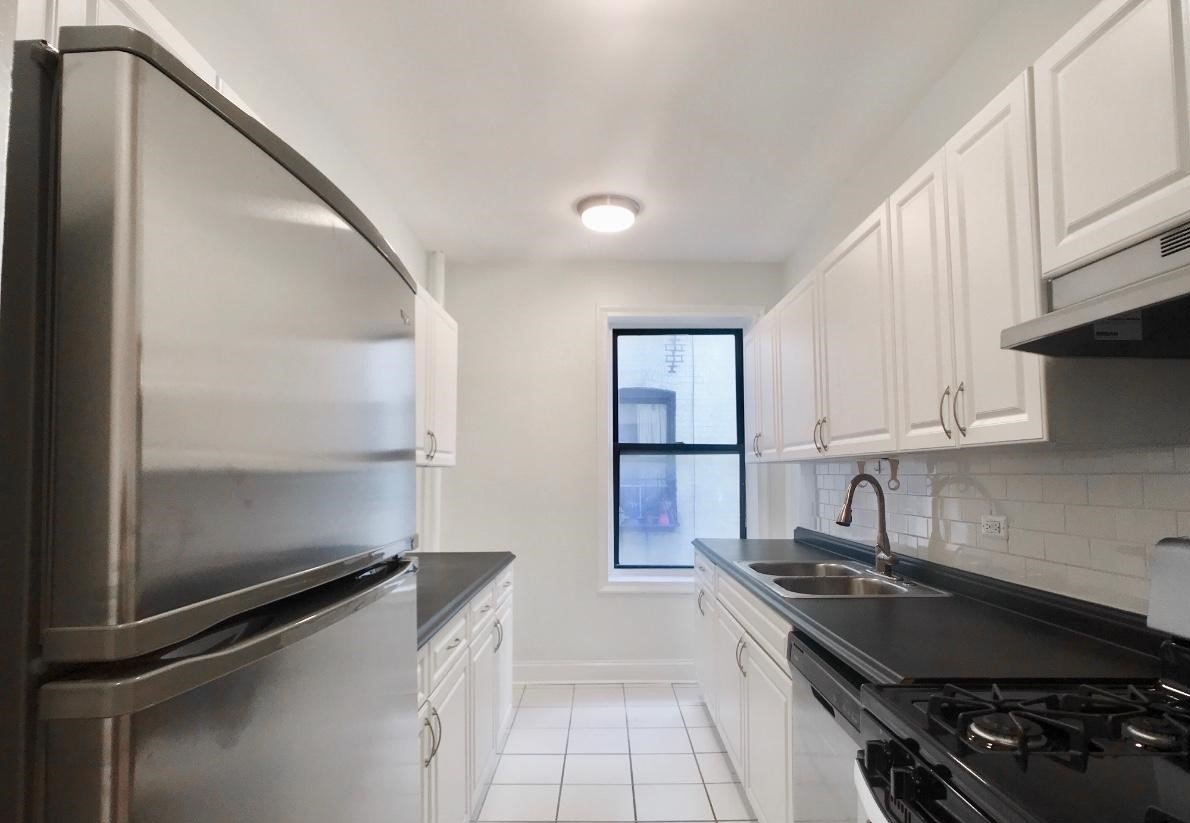 1 Bedroom 1 Bathroom Apartment for rent at 213 Bennett Ave. in New York, NY