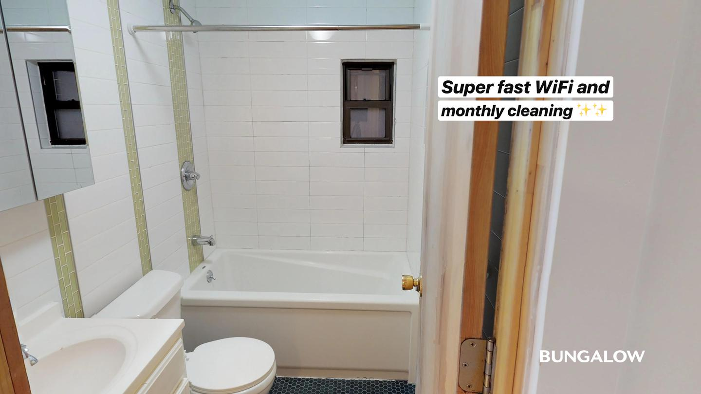 Private Bedroom In Lovely East Williamsburg Duplex With Spacious Backyard rental