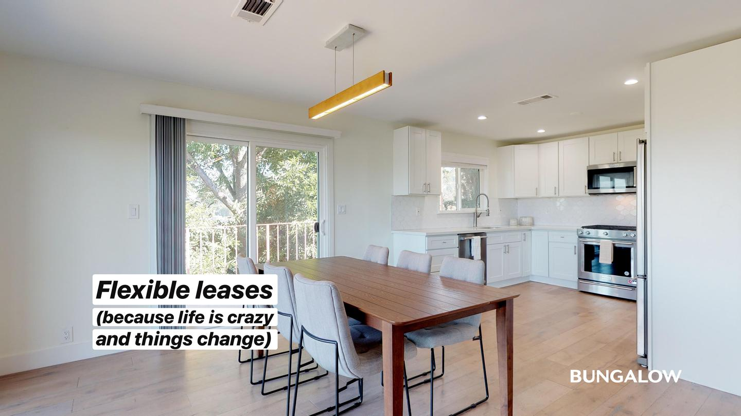 Live at Private Room In Spacious Glassell Park Home With Amazing City Views