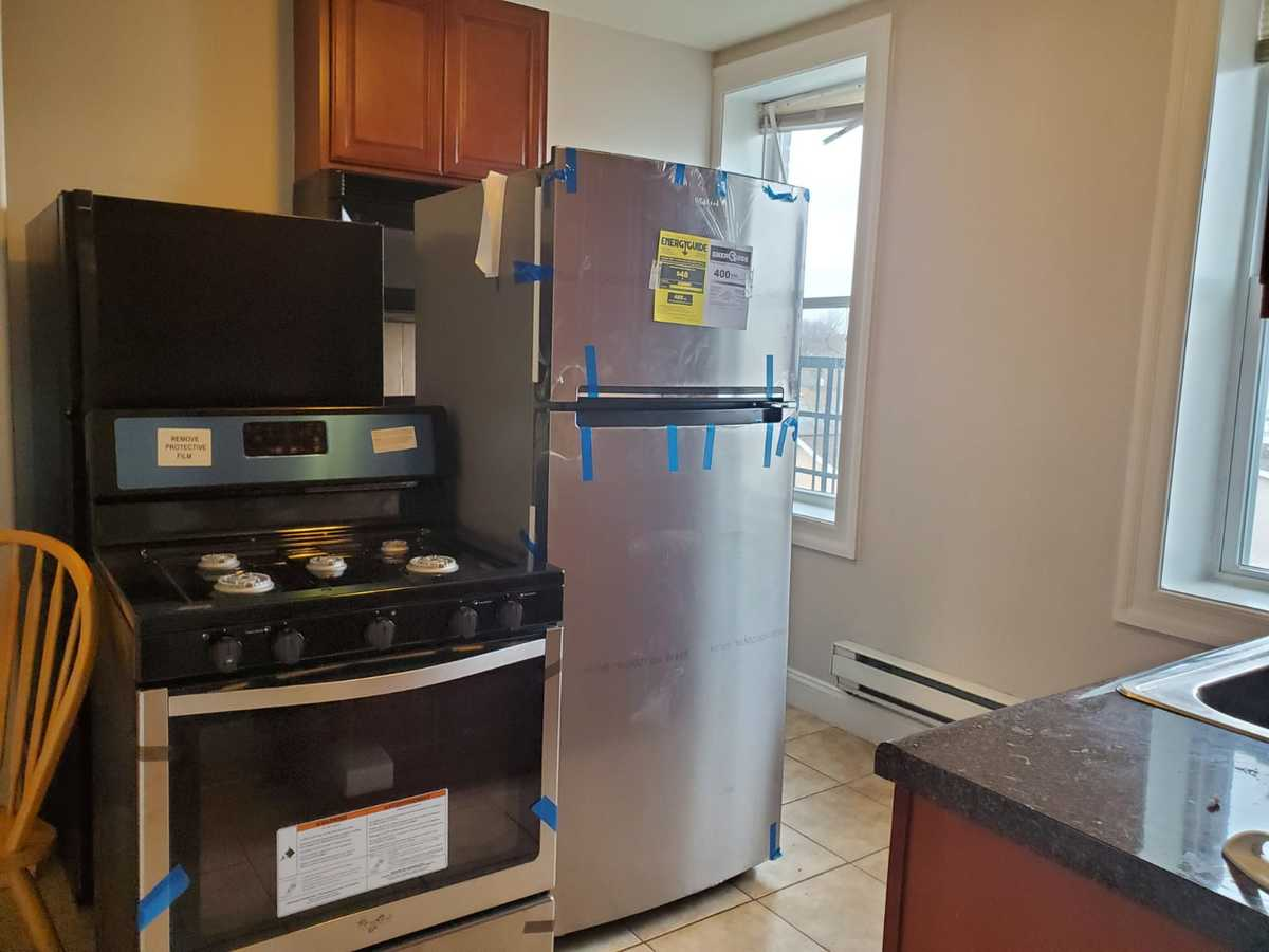 1 Bedroom 1 Bathroom Apartment for rent at 6611 Broadway in West New York, NJ