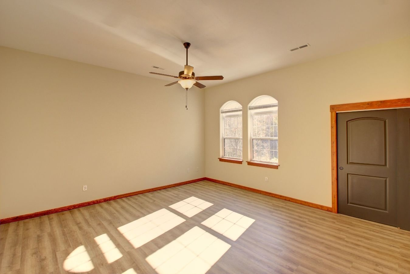 1 Bedroom 1 Bathroom Apartment for rent at Highgrove in Bloomington, IN