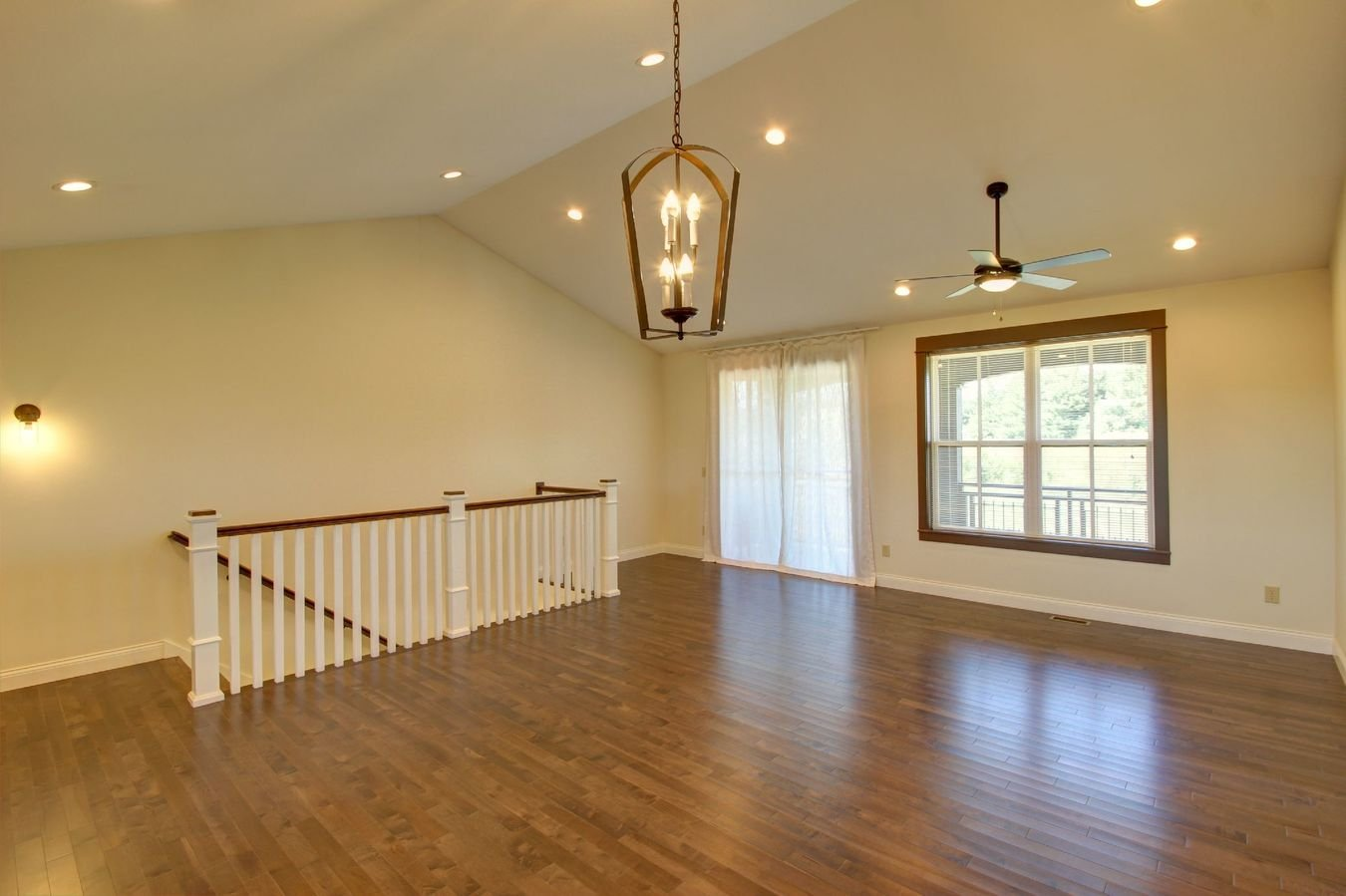 2 Bedrooms 2 Bathrooms Apartment for rent at Verona Park in Bloomington, IN