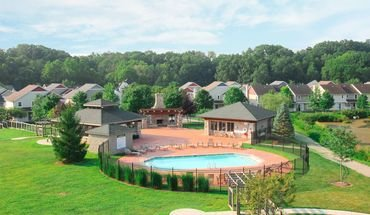 Meadowcreek Neighborhood Apartment for rent in Bloomington, IN