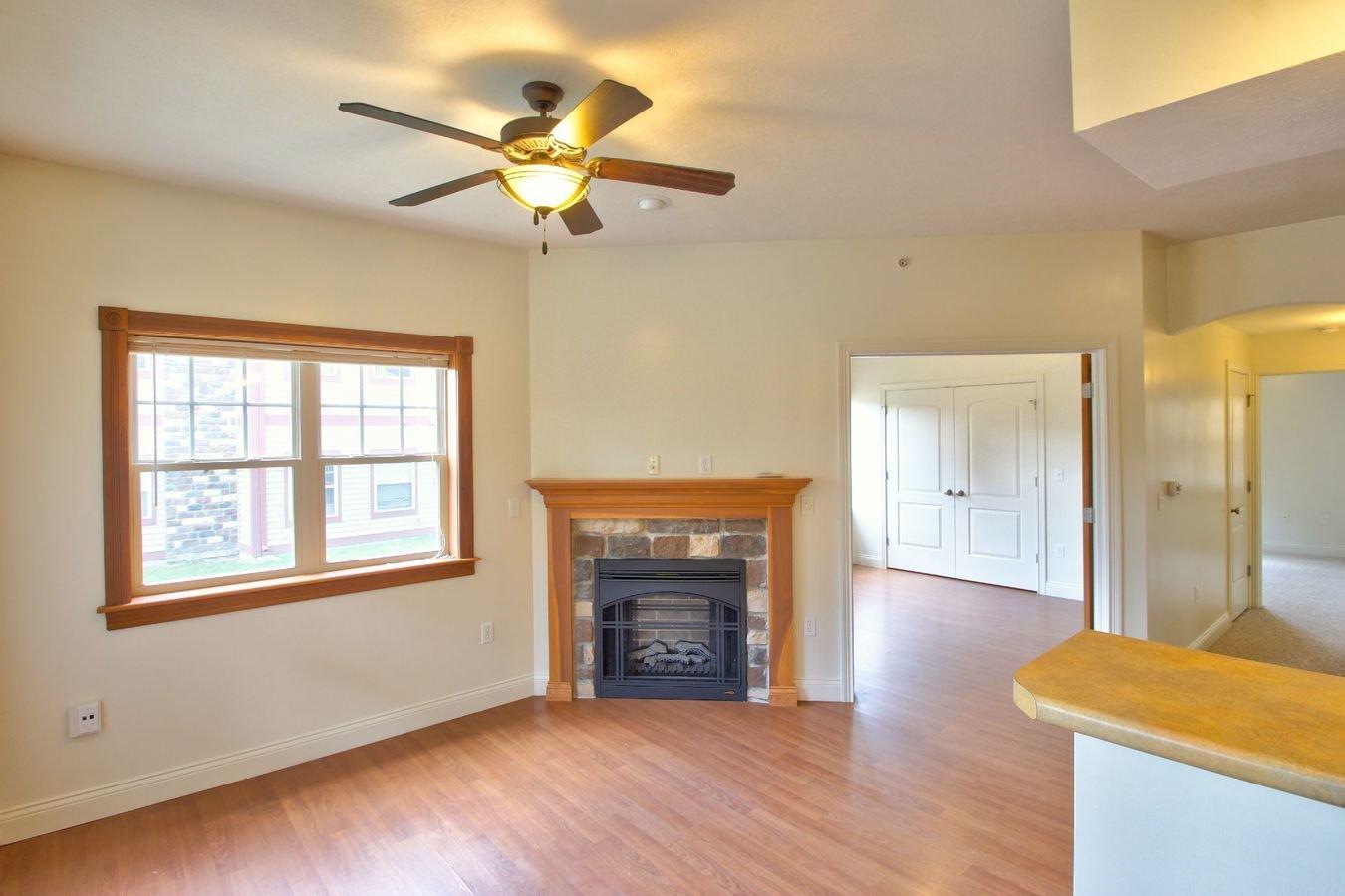 2 Bedrooms 1 Bathroom Apartment for rent at Meadowcreek Neighborhood in Bloomington, IN