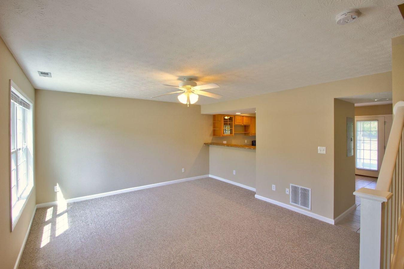 2 Bedrooms 2 Bathrooms Apartment for rent at Meadowcreek Neighborhood in Bloomington, IN