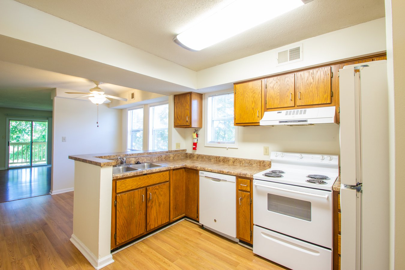 4 Bedrooms 3 Bathrooms Apartment for rent at Covenanter Hill Neighborhood District in Bloomington, IN