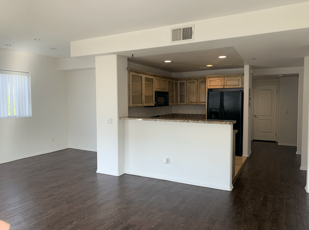 2 Bedrooms 2 Bathrooms Apartment for rent at Berendo Terrace in Los Angeles, CA