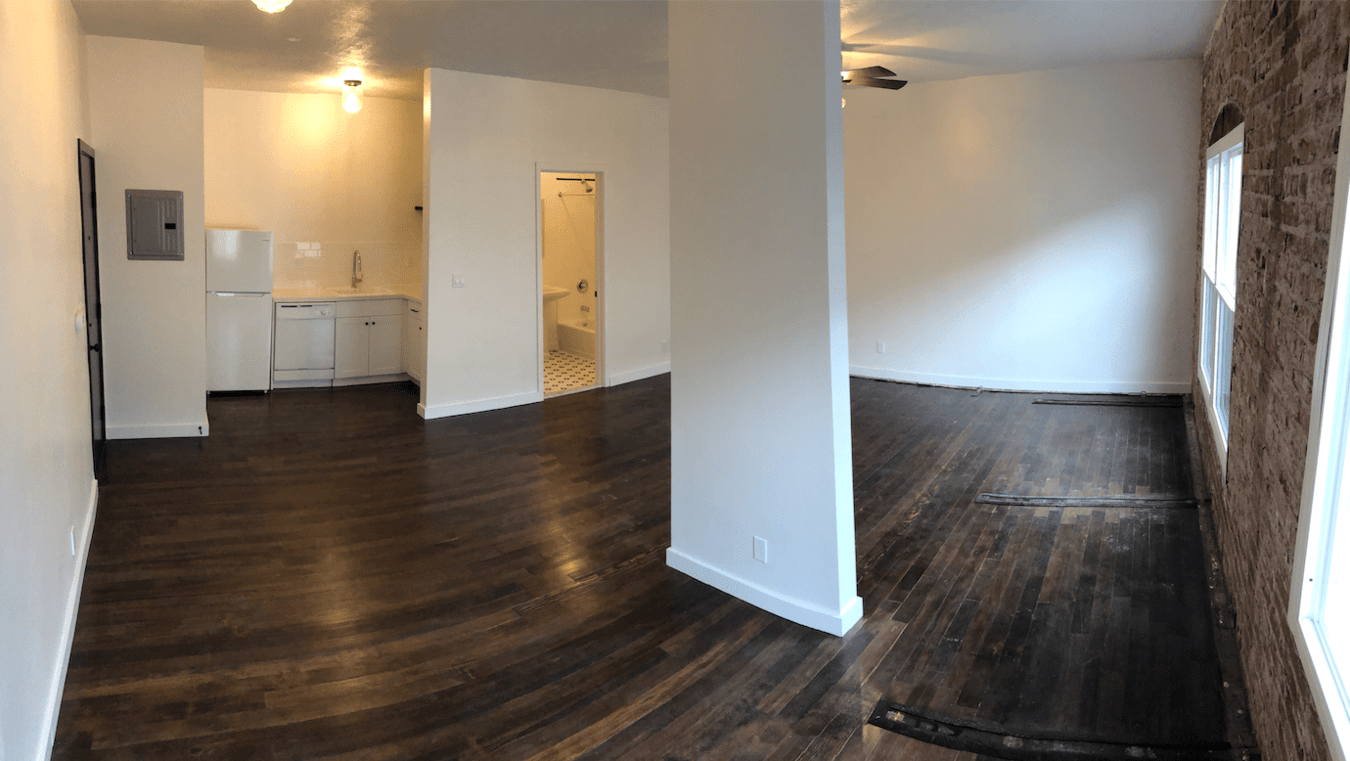 Studio 1 Bathroom Apartment for rent at 1006 N El Centro Ave in Los Angeles, CA