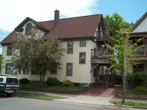 4 Bedrooms 2 Bathrooms Apartment for rent at 3302 Harriet - 2nd& 3rd floors in Minneapolis, MN