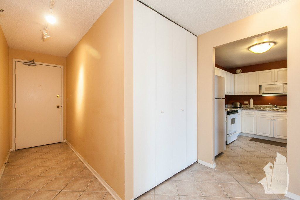 1 Bedroom 1 Bathroom Apartment for rent at 70 W Huron St in Chicago, IL