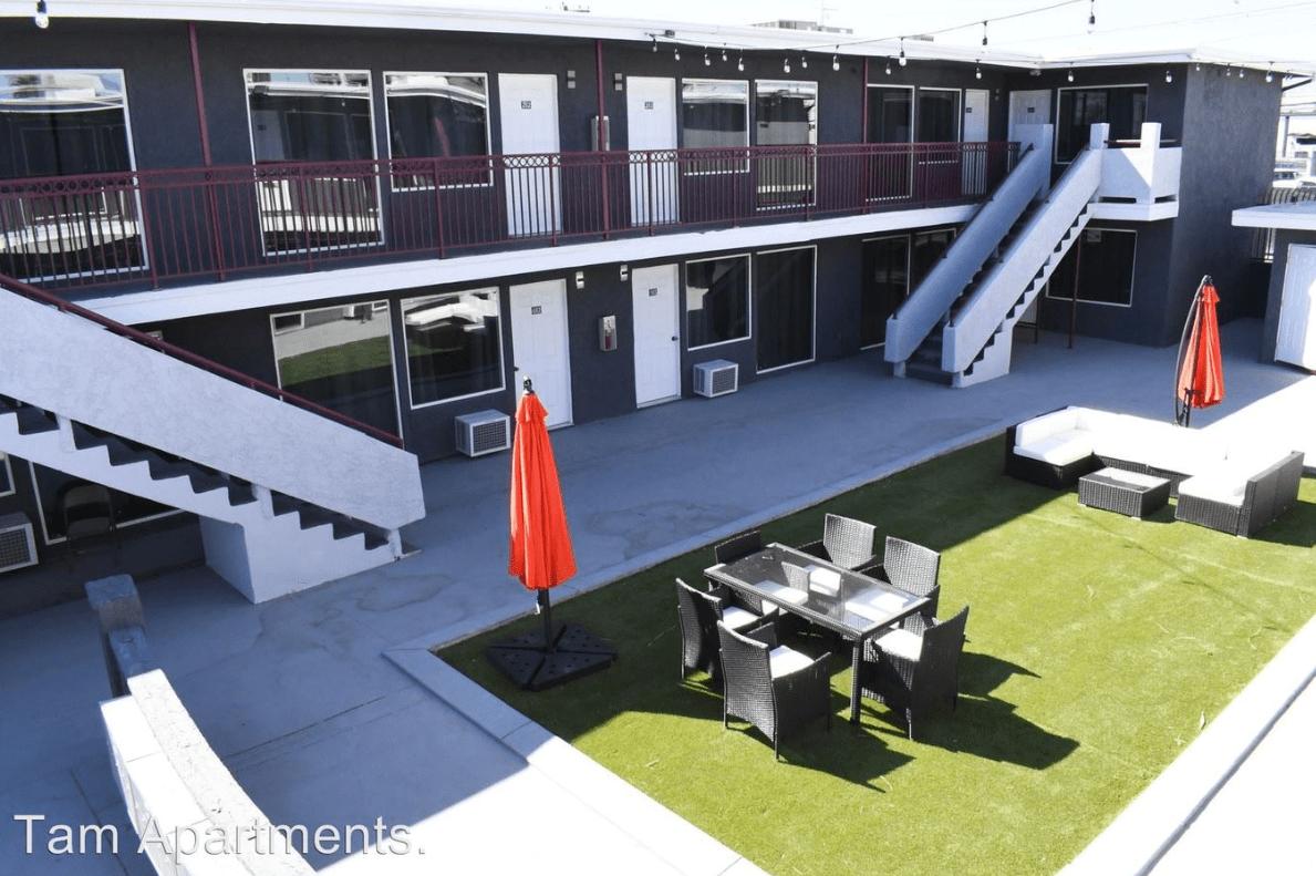 Tam Apartments