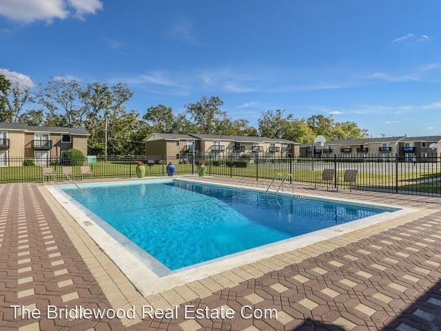 2 Bedrooms 1 Bathroom Apartment for rent at Mission Grove Apartments in Tallahassee, FL