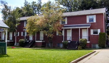 Beech Tree Apartment for rent in Bloomington, IN
