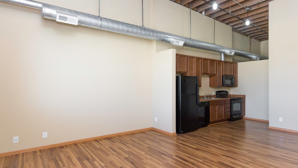 Apartments Near DMACC Riverpoint Lofts for Des Moines Area Community College Students in Des Moines, IA