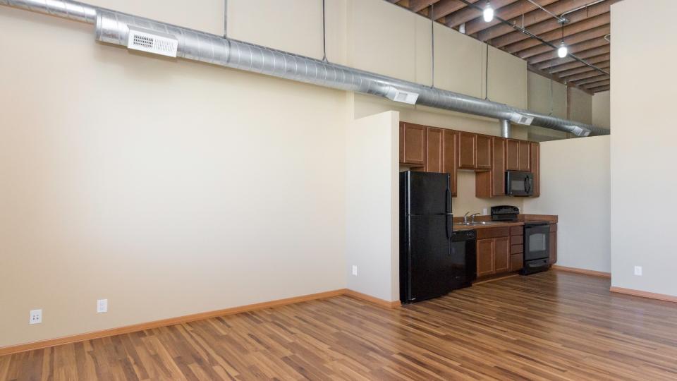 Apartments Near University of Phoenix-Iowa Riverpoint Lofts for University of Phoenix-Iowa Students in Des Moines, IA