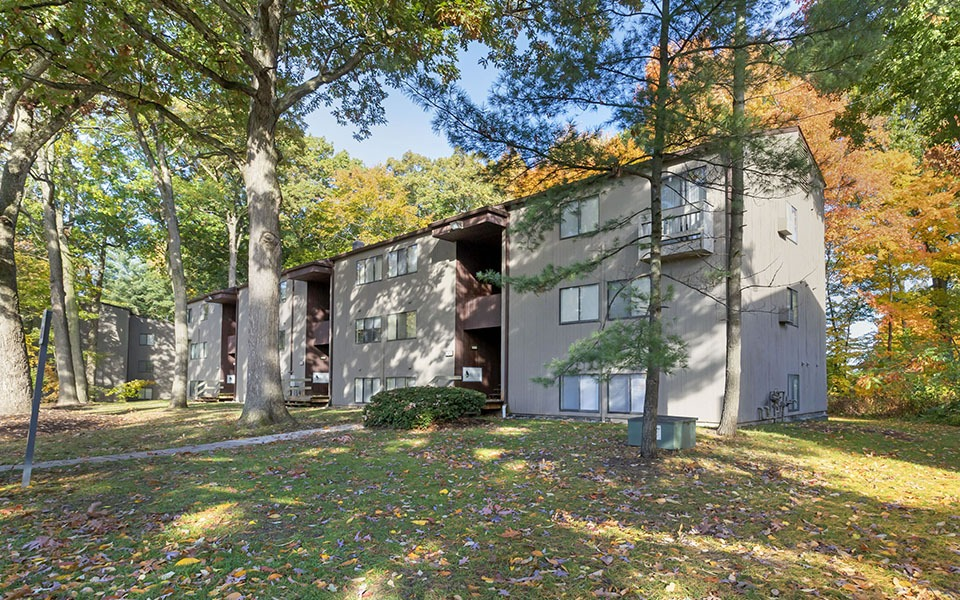Woodlake Apartments photo
