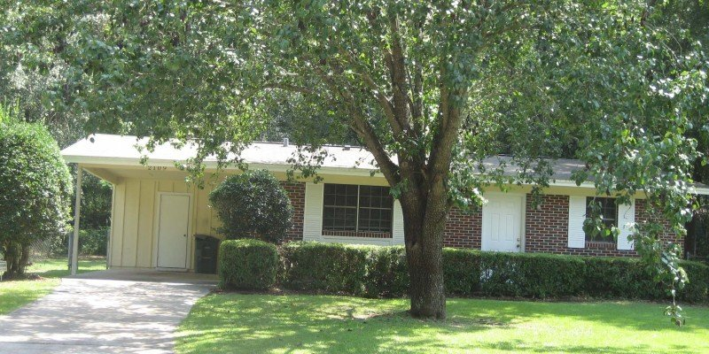 3 Bedrooms 1 Bathroom Apartment for rent at Melanie Houses 2 in Tallahassee, FL
