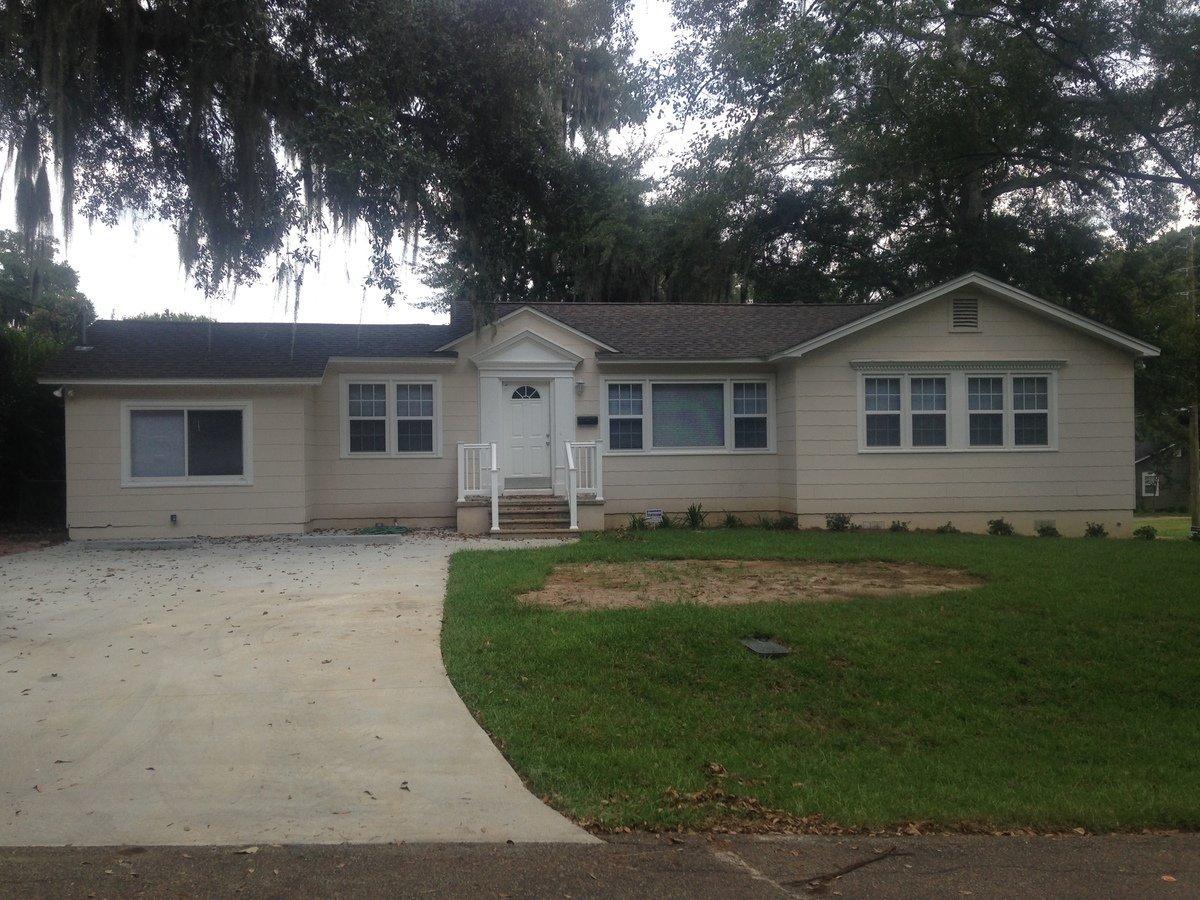 5 Bedrooms 3 Bathrooms House for rent at Jackson Bluff Rd. in Tallahassee, FL