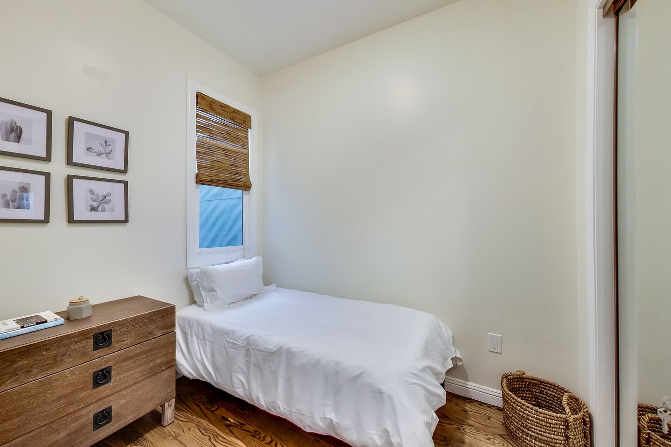 Studio 1 Bathroom House for rent at Larkin St & California St Coliving in San Francisco, CA