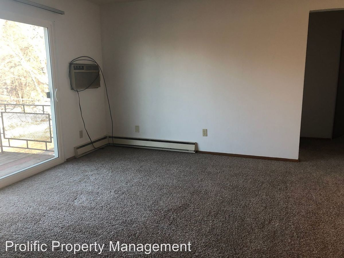 2 Bedrooms 1 Bathroom Apartment for rent at 240 2Nd Ave Ne in Mayville, ND