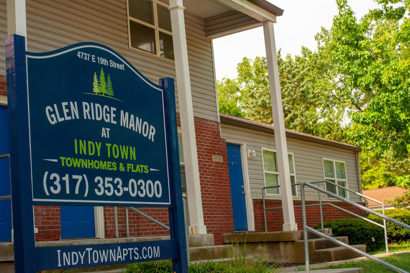 2 Bedrooms 1 Bathroom Apartment for rent at Glen Ridge Manor Townhomes And Flats (indy Town) in Indianapolis, IN