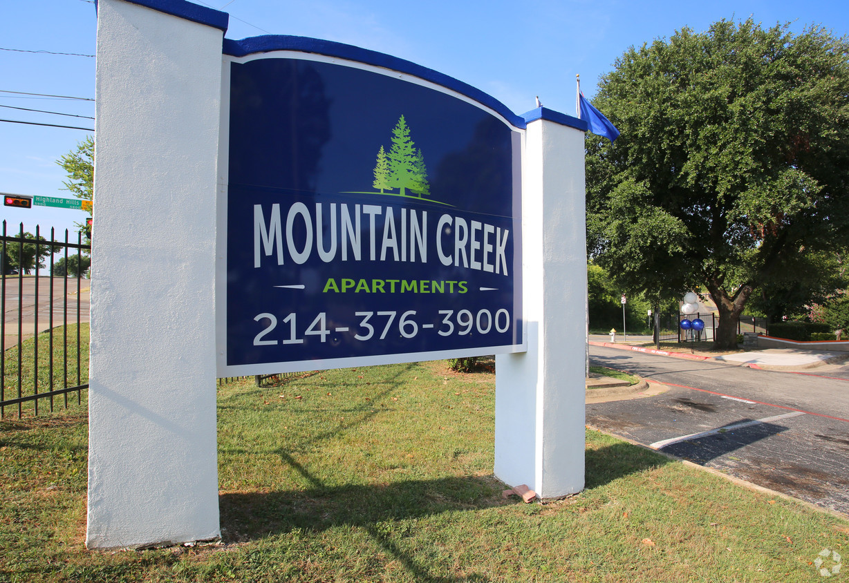 Mountain Creek Apartments for rent