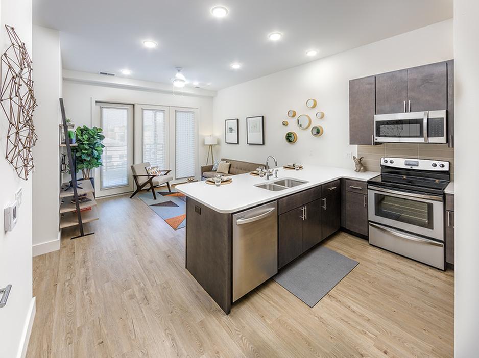 Apartments Near Champaign 217 South for Champaign Students in Champaign, IL