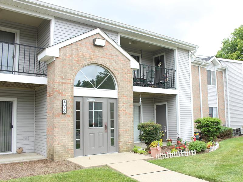 Hanna Village Apartments, Indianapolis - (see pics & AVAIL)